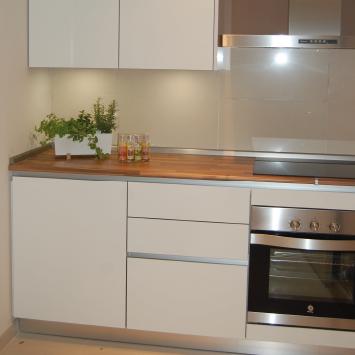 contemporary high gloss kitchen