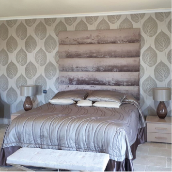 wallpaper and headboard design